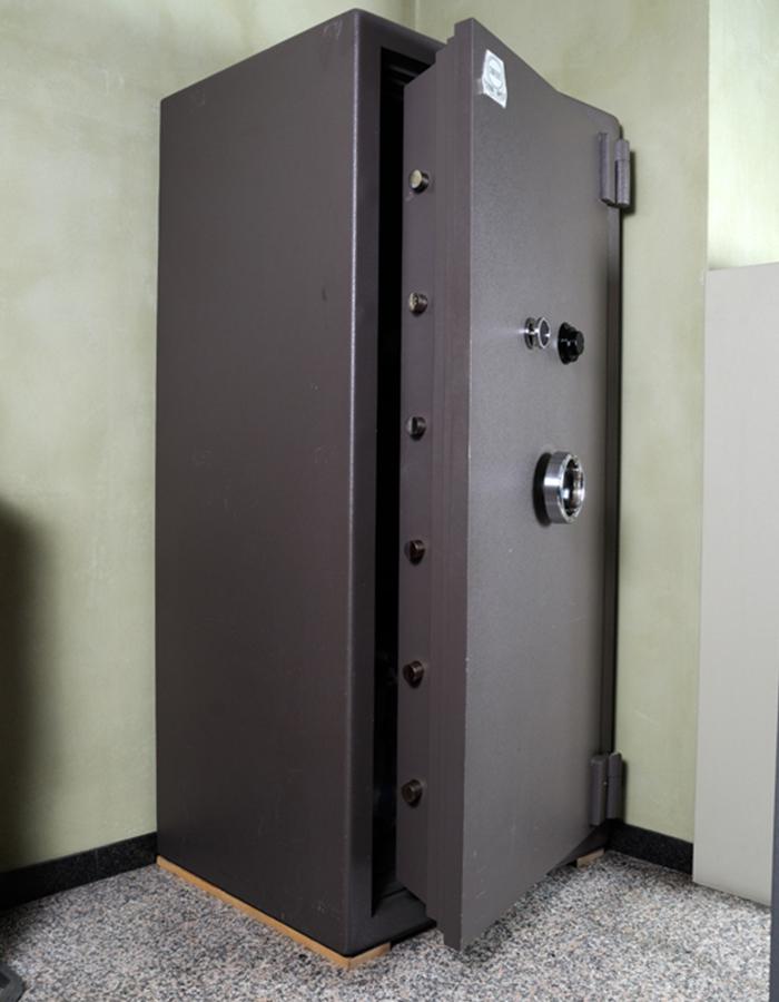 Cassaforte conforti mt56 marelli casseforti - Porte usate per esterno ...